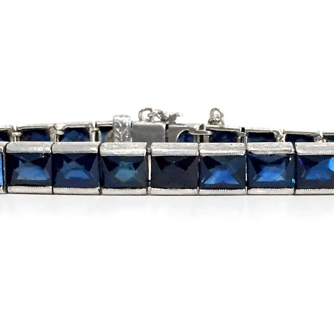 Rare Art Deco French-Cut 13.20 Carat Blue Sapphire Platinum Bracelet 2