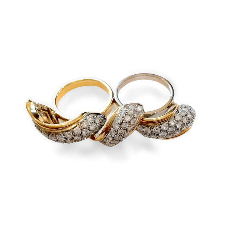 4 0 carat and gold two finger ring for sale at 1stdibs
