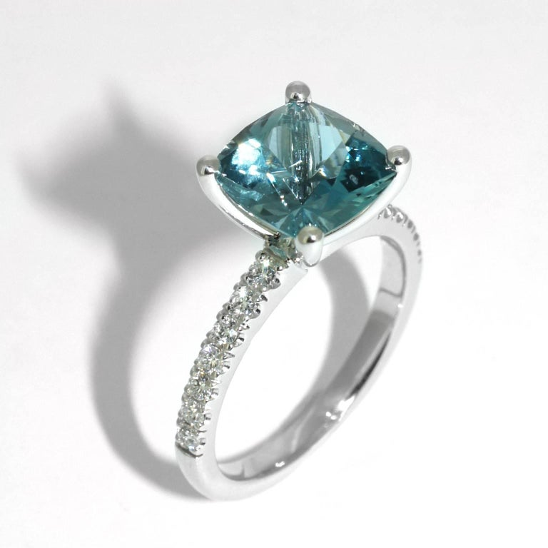 Lizunova Aquamarine and Diamond White Gold Ring 3