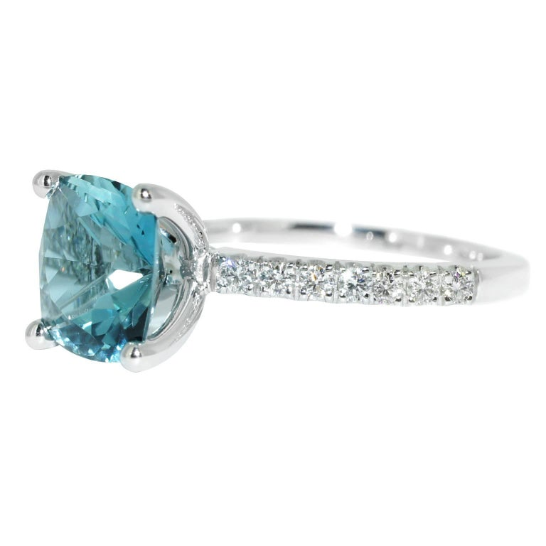 Lizunova Aquamarine and Diamond White Gold Bridal Engagement Ring In As new Condition For Sale In Sydney, AU