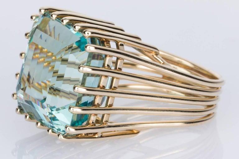 21 Carat Aquamarine 14 Karat Yellow Gold Cocktail Ring 3