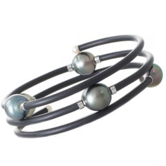 Scattered Tahitian South Sea Pearl Neoprene Coil Bangle