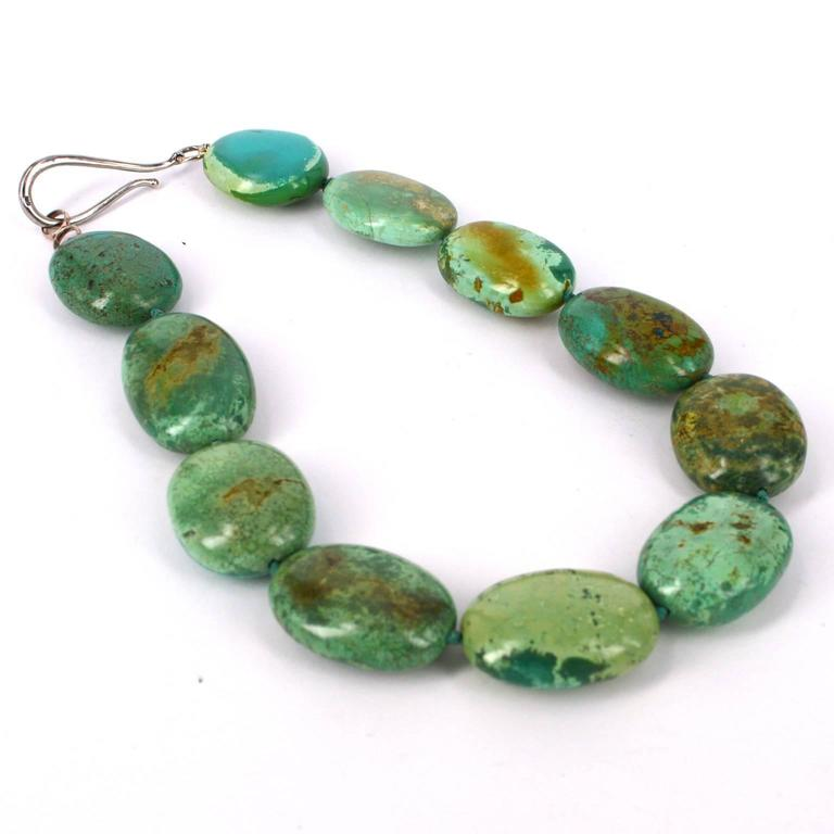 Modern Large Green Natural Chinese Turquoise Nugget Silver Necklace For Sale