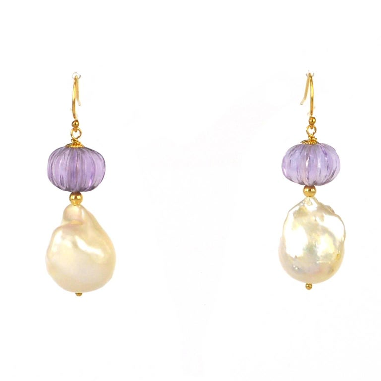 Decadent Jewels Carved Amethyst Baroque Pearl Gold Earrings In As new Condition For Sale In Sydney, AU