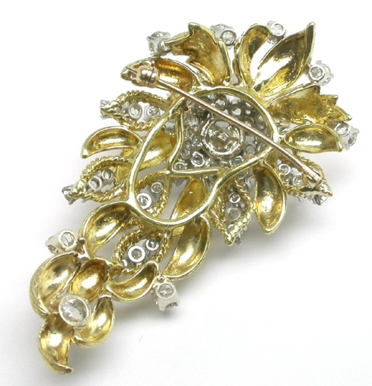 1960s Diamond Gold Pin In New Condition For Sale In New York, NY