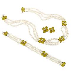 Tiffany & Co. Pearl Diamond Necklace Bracelet and Earrings Set