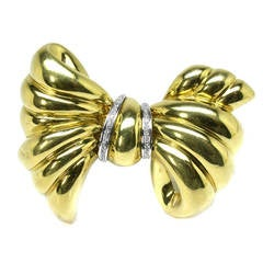 Diamond Gold Bow Pin