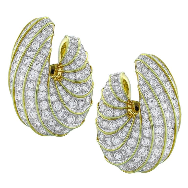 Large 15.50 Carat Creole Diamond Gold Shrimp Ear Clips