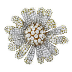 43 Carats Diamond Gold Flower Pin