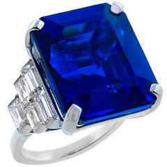 Attractive 29.56 Carat Tanzanite Diamond Cocktail Ring