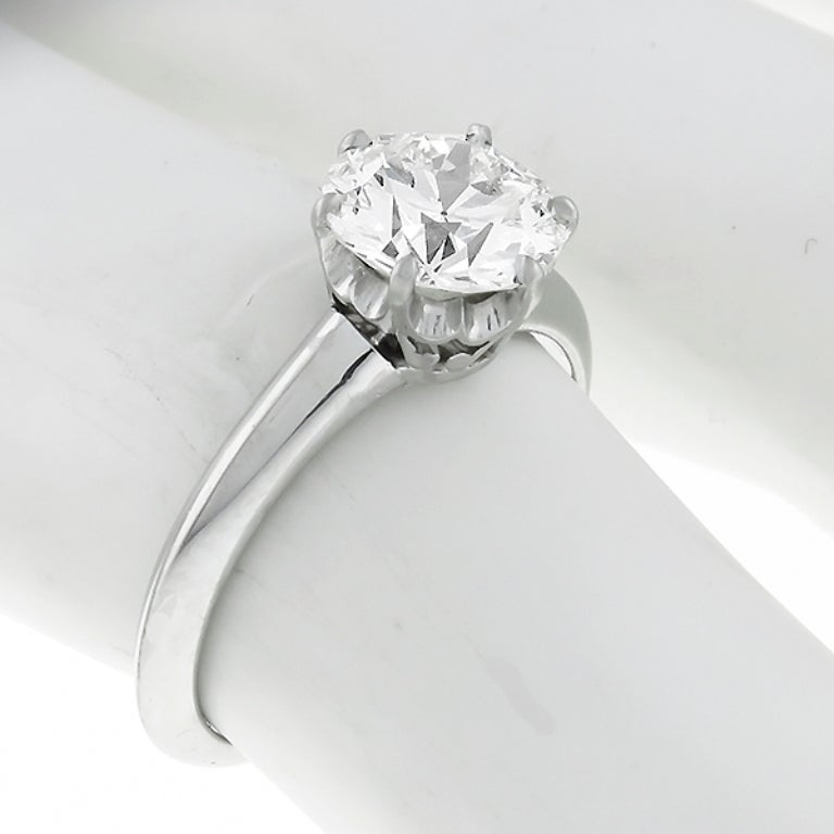 Tiffany & Co. 1.52 Carat Diamond Platinum Engagement Ring In Excellent Condition For Sale In New York, NY