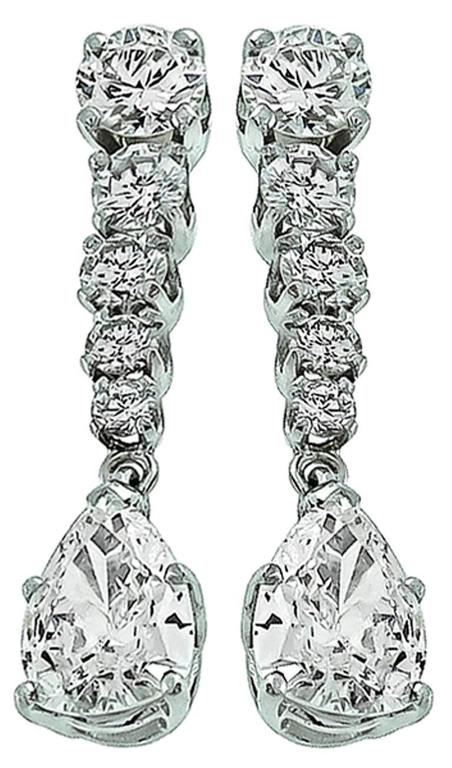 Charming Diamond Gold Drop Earrings In Excellent Condition For Sale In New York, NY