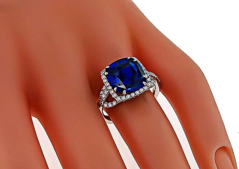 Women's Natural 5.16 Carat Cushion Cut Sapphire Diamond Gold Ring For Sale