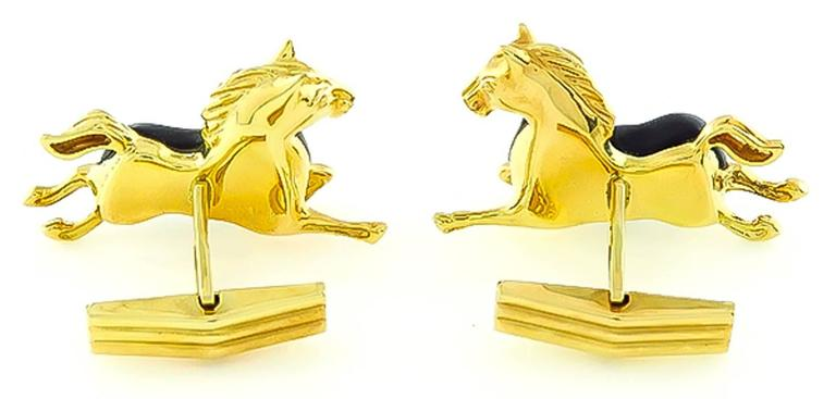 Asch Grossbardt Yellow Gold Horse Cufflinks In Excellent Condition For Sale In New York, NY