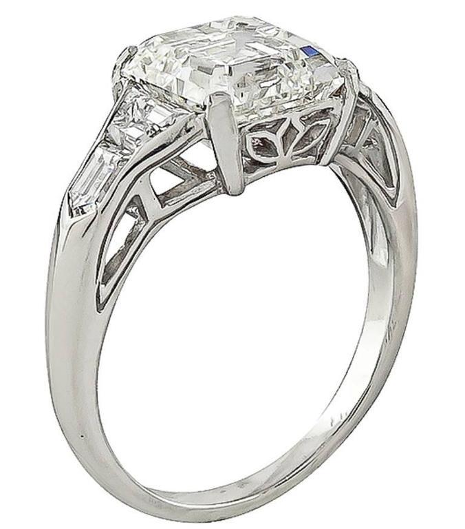 Women's or Men's 3.01 Carat GIA Asscher Cut Diamond Platinum Engagement Ring For Sale