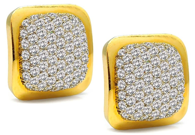 6.00 Carat Diamond Gold Earrings In Good Condition For Sale In New York, NY