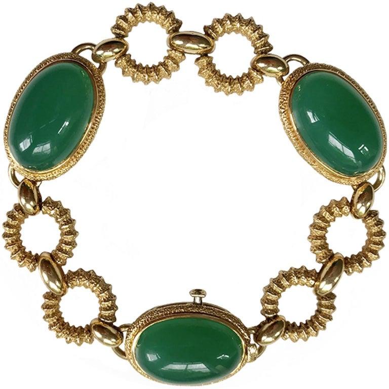 Circa 1960 Van Cleef & Arpels 18 Karat Gold Green Agate Bracelet