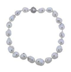 Stunning 14 Karat Gold Large Baroque Pearl Necklace Diamond Baguette Clasp