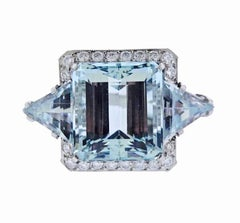 Impressive Retro Estate 1950s Platinum 25 Carat Vs Diamond Aquamarine Ring