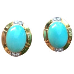 R. Stone Retro 18 Karat Gold Turquoise Cabochon Clip Drop Earrings