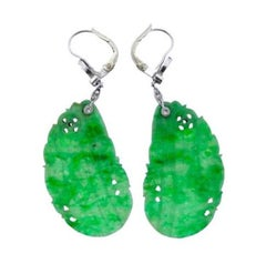 1940s Green Jade Diamond 14 Karat Dangle Drop Earrings