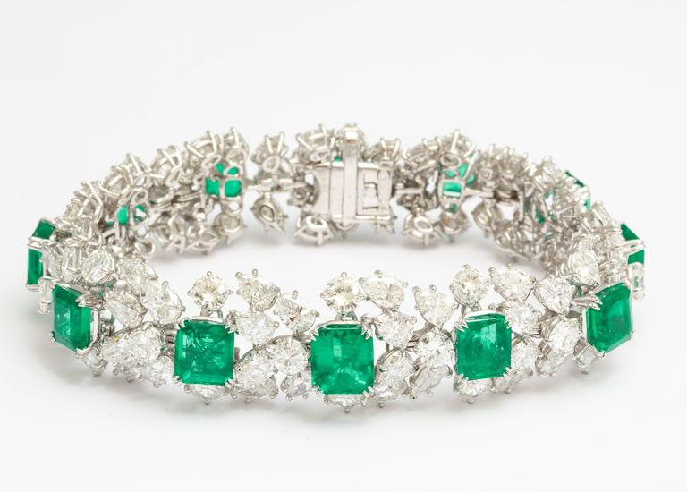 Harry Winston Emerald Diamond Bracelet For Sale 2