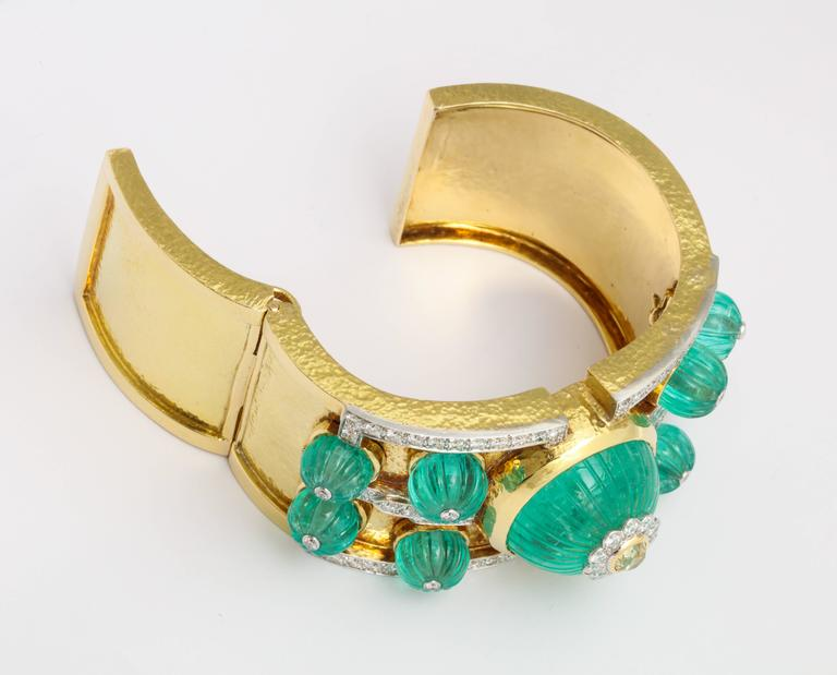 David Webb Carved Emerald Diamond Gold Bangle Bracelet 6