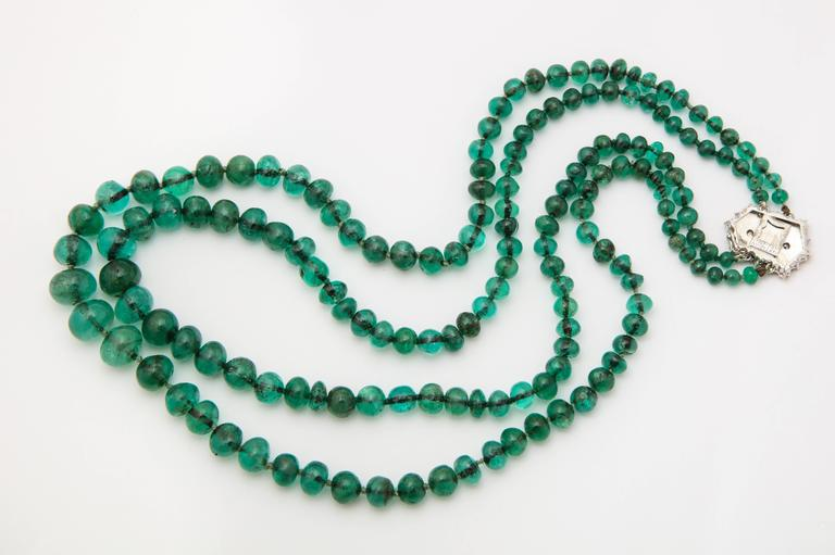 Buccellati Two Strand Emerald Bead Necklace In Good Condition For Sale In New York, NY
