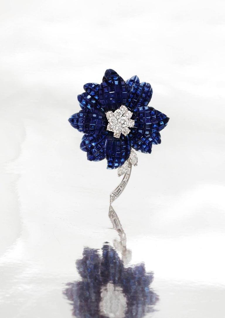 Van Cleef & Arpels Mystery Set Sapphire and Diamond Brooch and Earrings Set 3