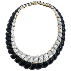 David Webb  Diamond Enameled Gold Platinum Necklace