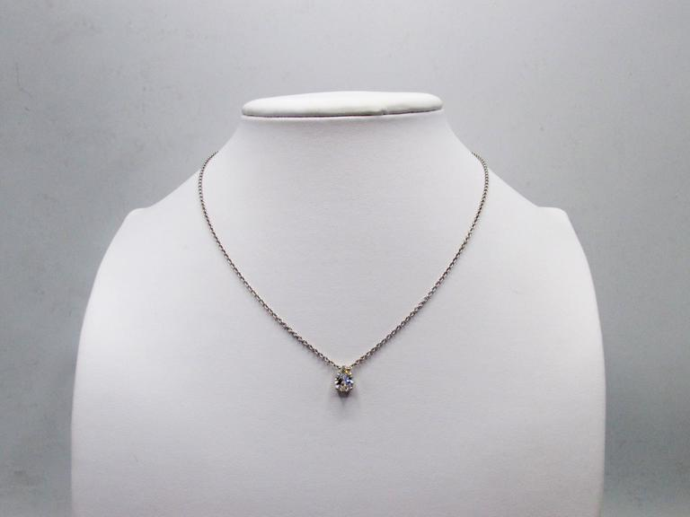 Pear Shape Diamond Gold Pendant Necklace In As new Condition For Sale In New York, NY