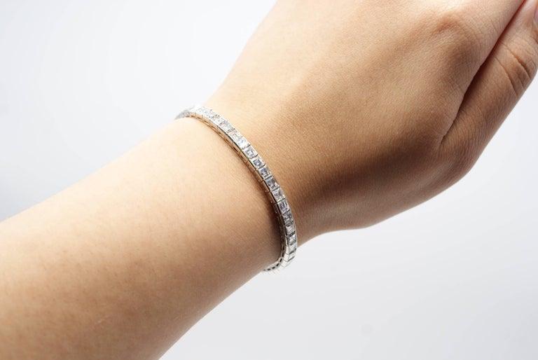 Women's or Men's Magnificent 1950s Square Cut Diamond Platinum Straight Line Bracelet For Sale