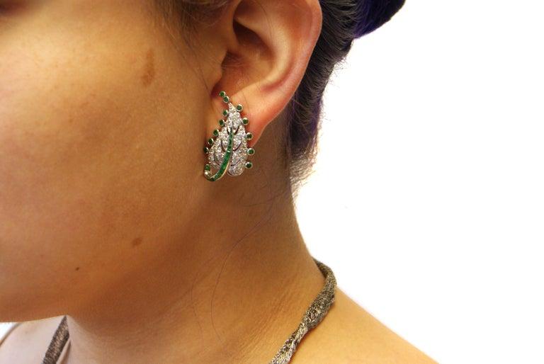 Women's or Men's Art Deco Emerald Diamond Platinum Leaf Earrings For Sale