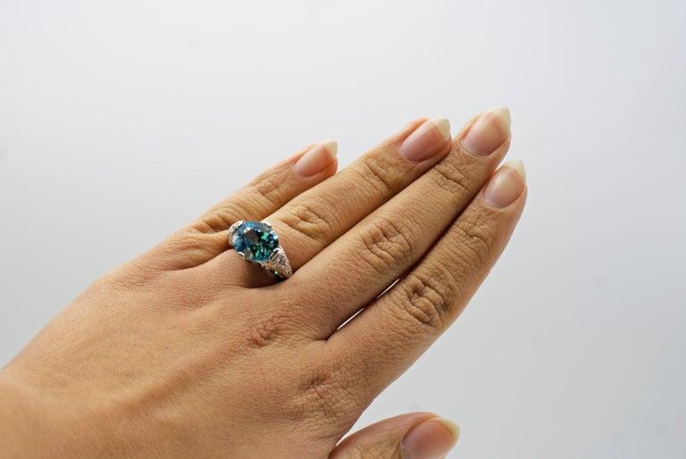 Women's or Men's Art Deco Vibrant Blue Zircon Platinum Diamond Ring For Sale
