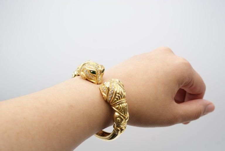 Women's or Men's Diamond Tourmaline 18 Karat Gold Snake Head Bangle Bracelet For Sale