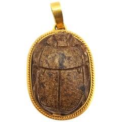Ägyptisches Revival 18 Karat Gold Holz Skarabäus Anhänger