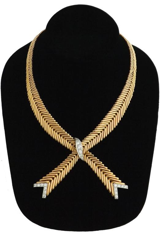 1950s French Diamond Gold Crossover Flexible Necklace For Sale 1