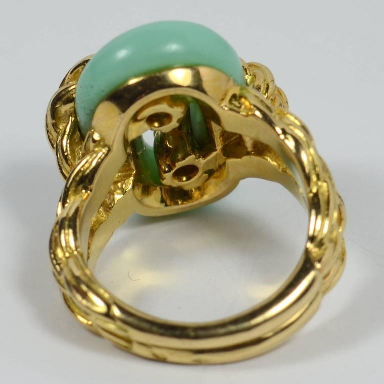 Van Cleef & Arpels Chrysoprase Gold Ring, circa 1970 8