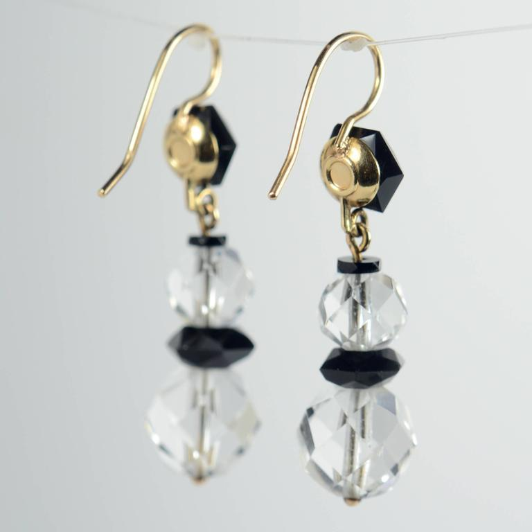Art Deco Onyx Rock Crystal Gold Drop Earrings, circa 1920 For Sale 3