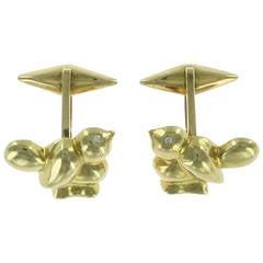Cipullo Bird Motif Gold Cufflinks and Studs