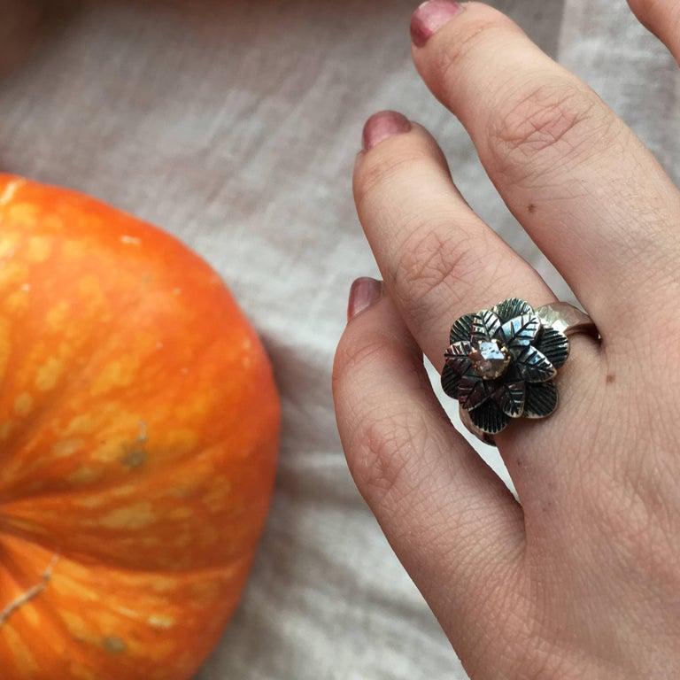 Women's Emma Chapman Diamond 18 Karat Gold Silver Flower Ring