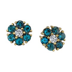1.16 Carat Alexandrite and Diamond Earrings 18 Karat Yellow Gold