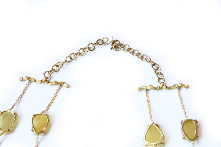 Opal Gold Oriental Leaf Necklace In As New Condition For Sale In Milan, IT