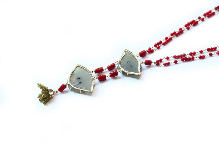 Coral Gold Jade Chinese Button Necklace In New Condition For Sale In Milan, IT