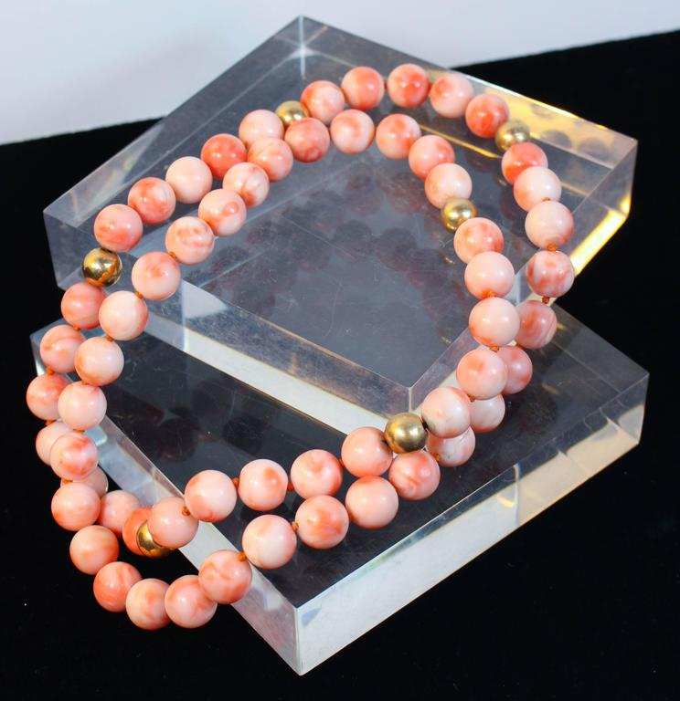 Angel Skin Coral Large Gold Bead Necklace For Sale 1