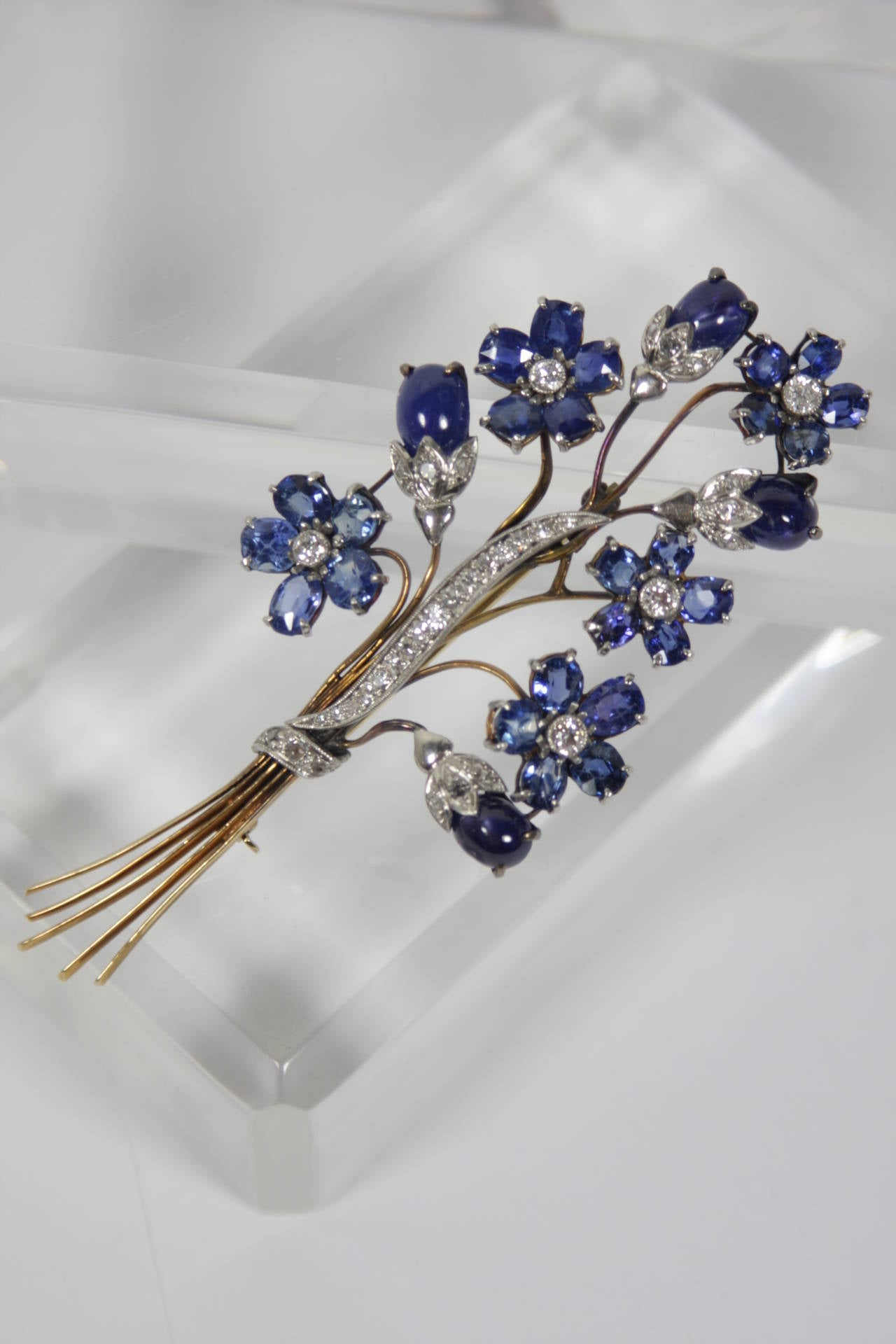 1940s Sapphire Diamond Gold Platinum Floral Brooch 6