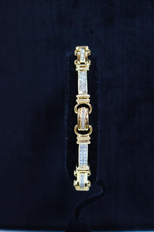 Diamond Bracelet In Excellent Condition For Sale In Los Angeles, CA