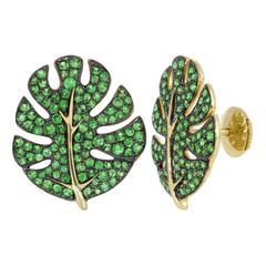 Yvonne Leon Earring 18 Karat Gold and Tsavorites Contemporary Design