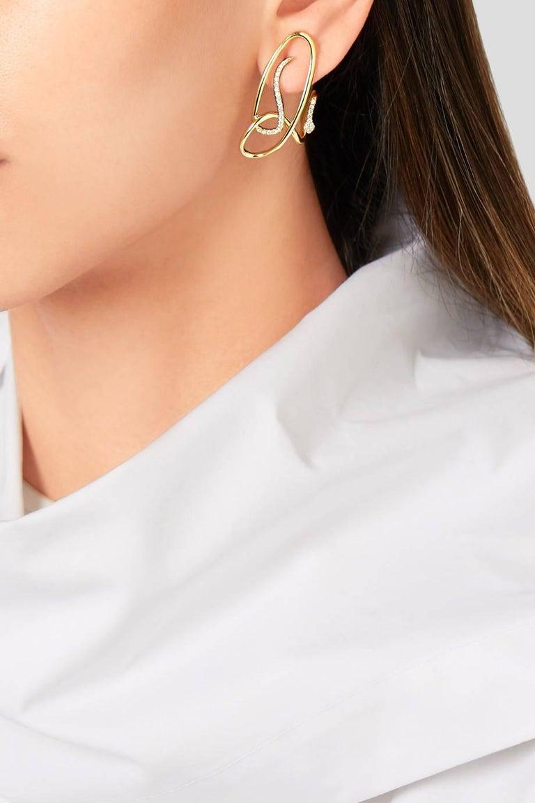 Yvonne Leon Contemporary Earring Snake in 18 Karat White Gold and Diamonds 2