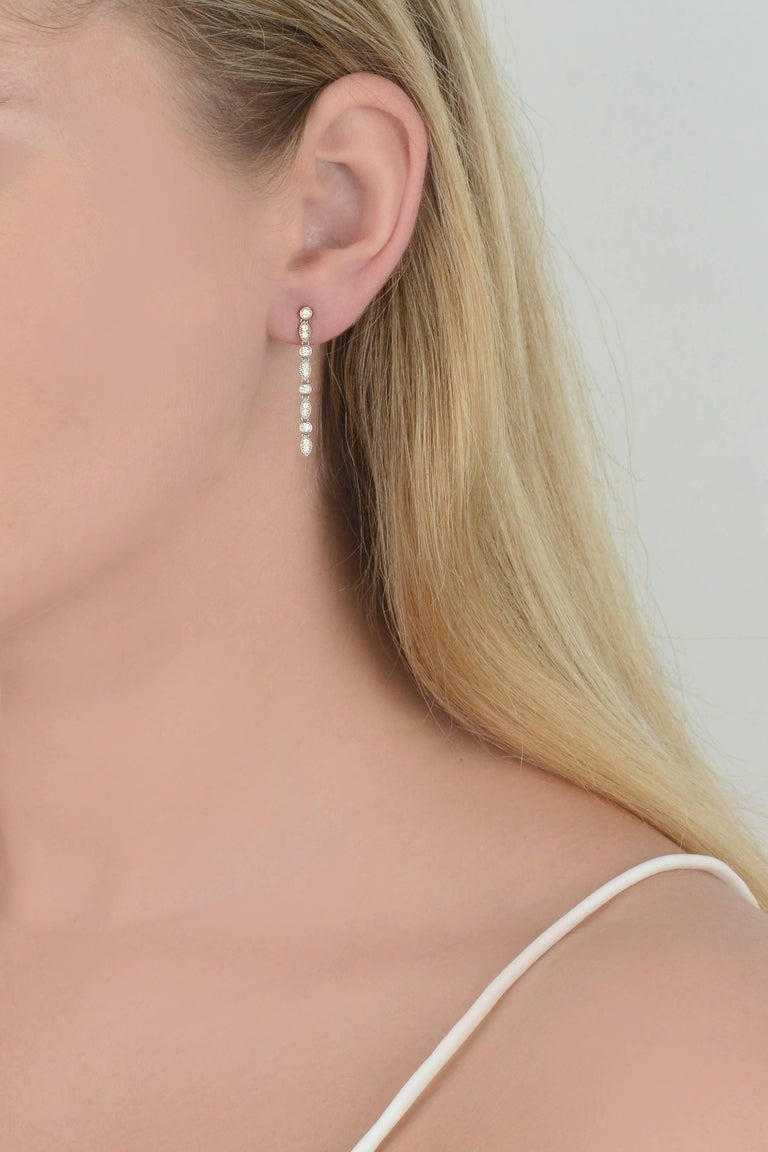 Earring in 18K gold 1,8 grammes Diamonds 0,25 carats  Alpa System Sold by unit
